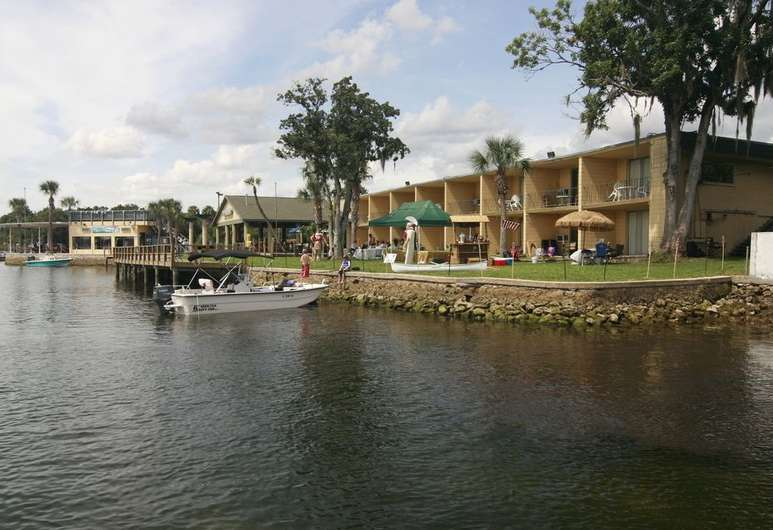 Port Hotel Crystal River